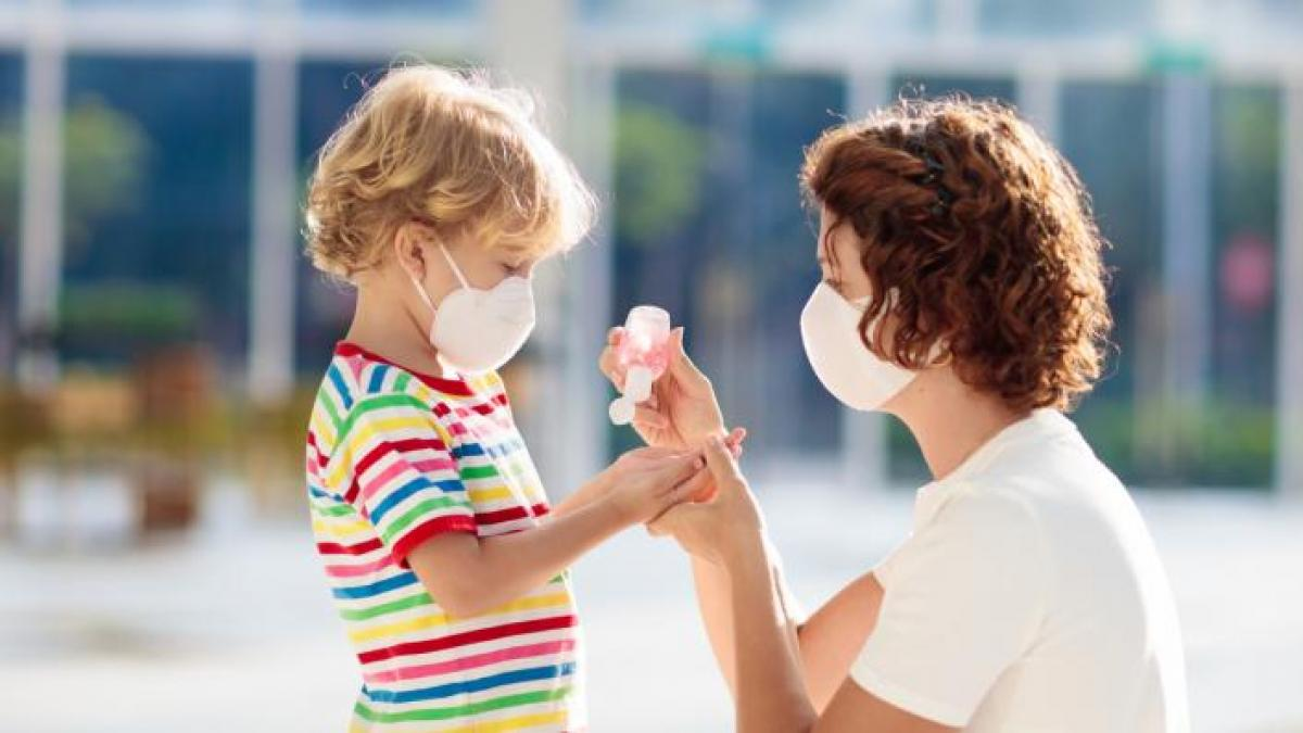 Calls for teachers to be able to wear face masks.